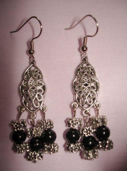 Item # MD0009 Black & Silver Earrings