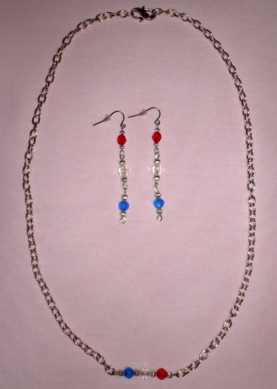 Item # MD0024 Red, white & blue necklace w/earrings