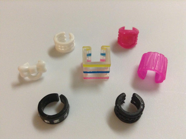 7 Colored Plastic Barbie Bracelets