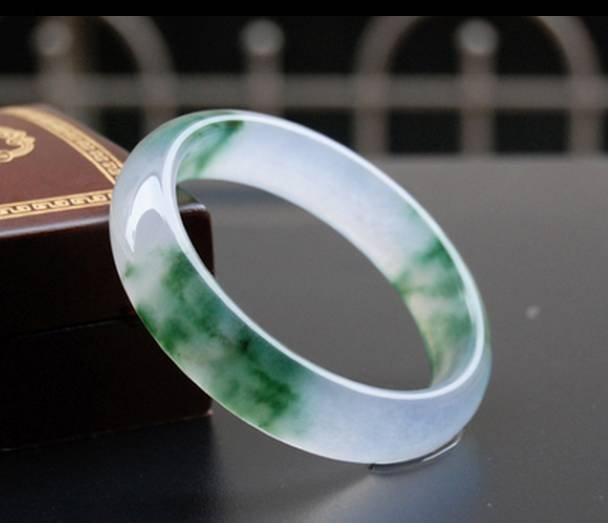 [JB03] Natural A Grade Jade Bangle
