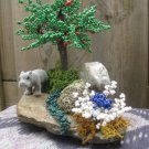 Beaded tree, green & bush, white