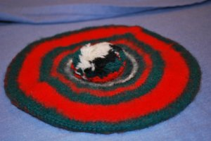 McGregor 100% Wool TAM Hat Red Green Black White EUC