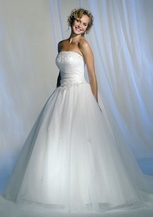 latest style lace wedding dress 2011 EC87