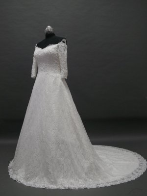 Free shipping long sleeve lace wedding gown ER31