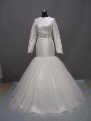 Free shipping long sleeve and high neckline wedding dress ER39