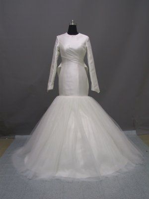 Free shipping long sleeve and high neckline wedding dress ER40