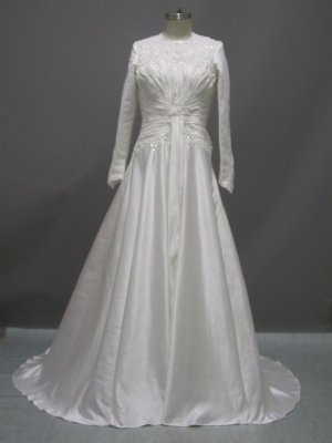 Free shipping long sleeve and high neckline wedding dress ER44