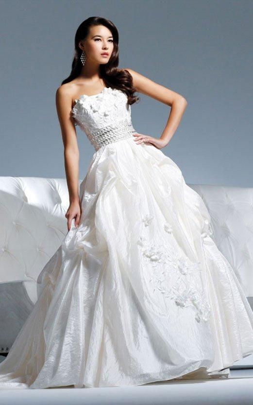 the most popular wedding dress 2011 EC301