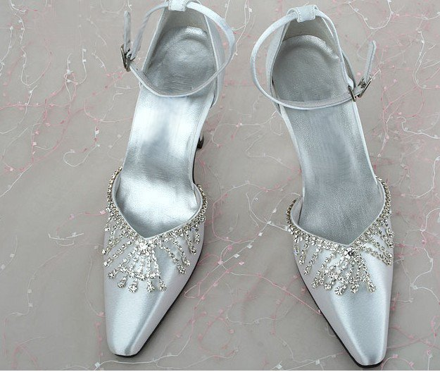 swarovski crystals and lace bridal shoes S029