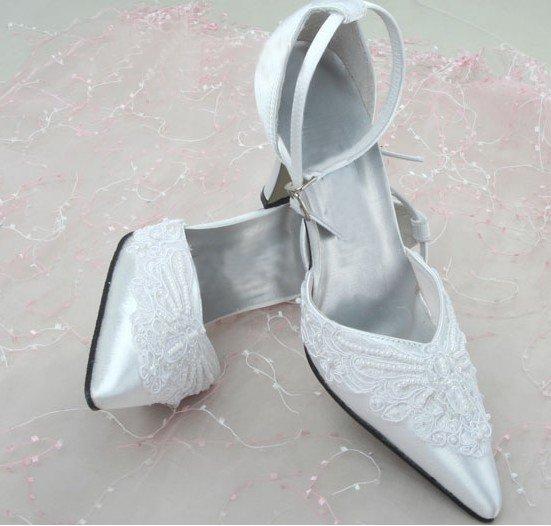 swarovski crystals and rhinestone bridal shoes S032