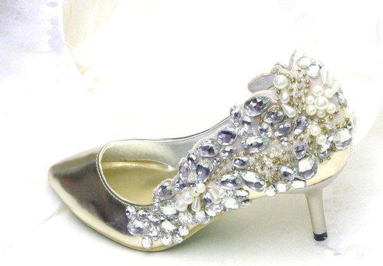 swarovski crystals and rhinestone bridal shoes S035