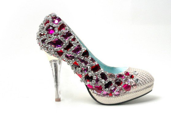 swarovski crystals and rhinestone bridal shoes S037