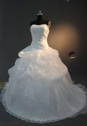 2013 new fashion stylish lace swarovski wedding dress EC463