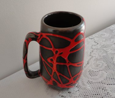 Vintage Laurentian Potery Black/Red Abstract Design Mug