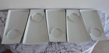 Vintage Cream 5 Snack Plates Geni 60s
