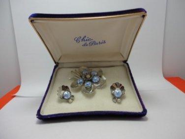Vintage Light Blue Iridescent Glass/Faux Pearl Brooche /Clip Earrings Chic Paris