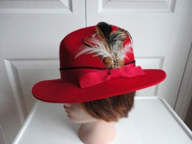 Vintage Bright Red Felt/Feather  Women Hat Fedora Small 21¾ inches 70s