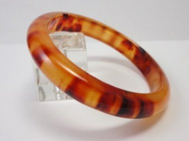 Vintage Apple Juice Swirl Lucite Bangle Bracelet 60's