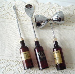 Vintage Bottles Handles Barware B&W VAT 69 HENNESY 60's