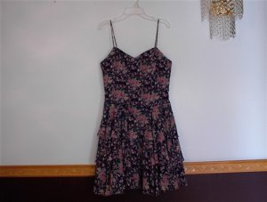 Women's 9/10 Blue Dress with Tiny Pink Roses