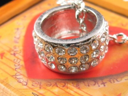 SN055 Crystal Round Ring Silver Pendant Necklace Best Gift Idea