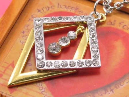 SN074 Crystal Diamond Shape Silver Pendant Necklace Best Gift Idea