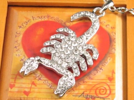 "SN097 Elegant 26"" Long Crystal Scorpion Silver Pendant Necklace Best Gift Idea"