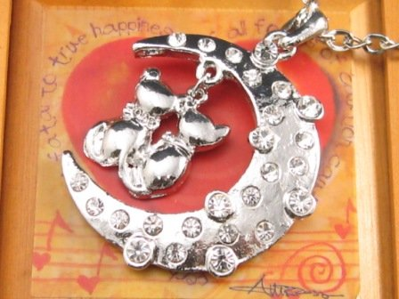 SN108 Elegant  Crystal Cat Moon Silver Pendant Necklace Best Gift Idea