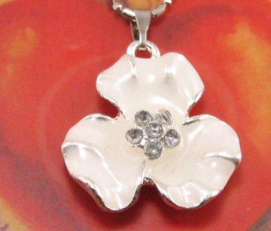 SN180 Elegant Milky White Floral Crystal Enamel Epoxy Fashion Silver Pendant Necklace Best Gift Idea