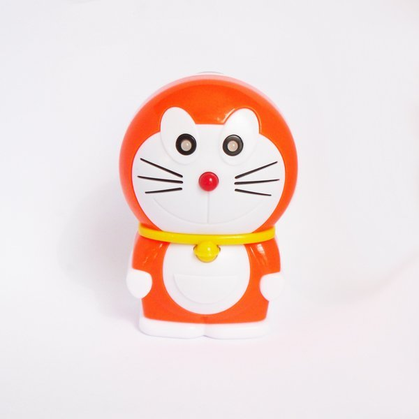 Doraemon Style Universal Charger for Mobile Phones / MP3 Players / Camer