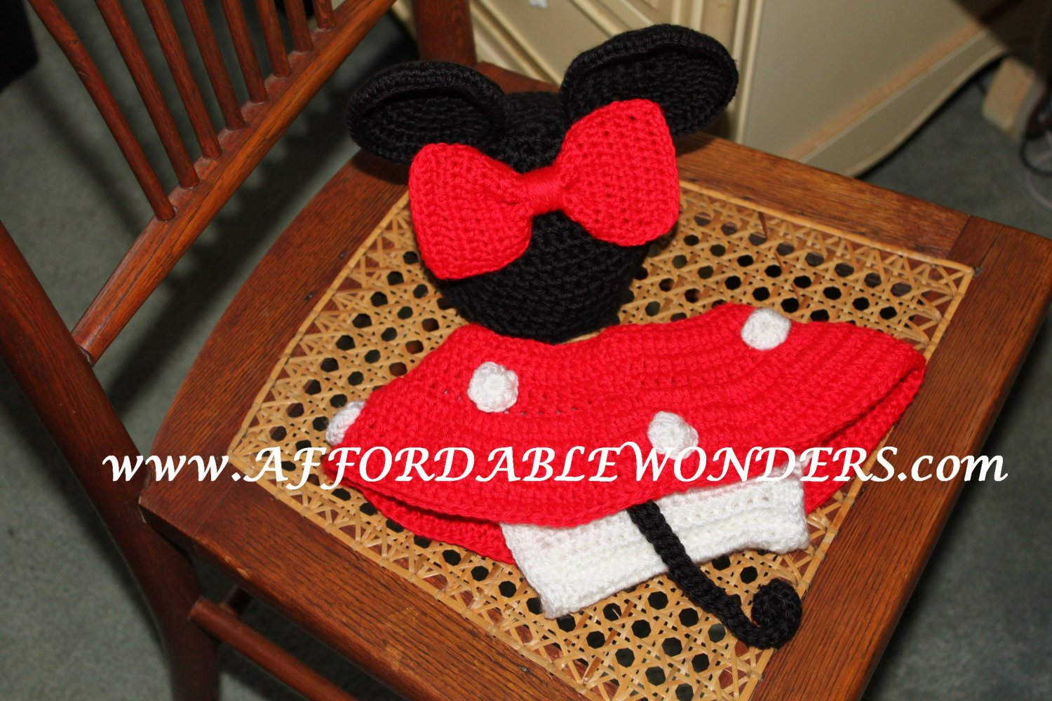Free Crochet Pattern Minnie Mouse Diaper Cover : Minnie Mouse