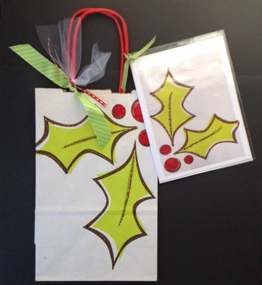 Christmas gift bag w greeting card-holly design | Paper Therapy
