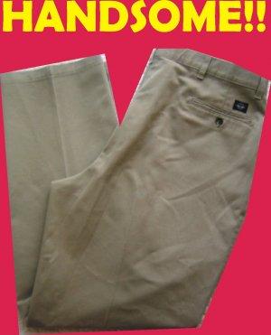 Levis Dockers Mens 40 x 32 pants slacks trousers Classic, Pleated