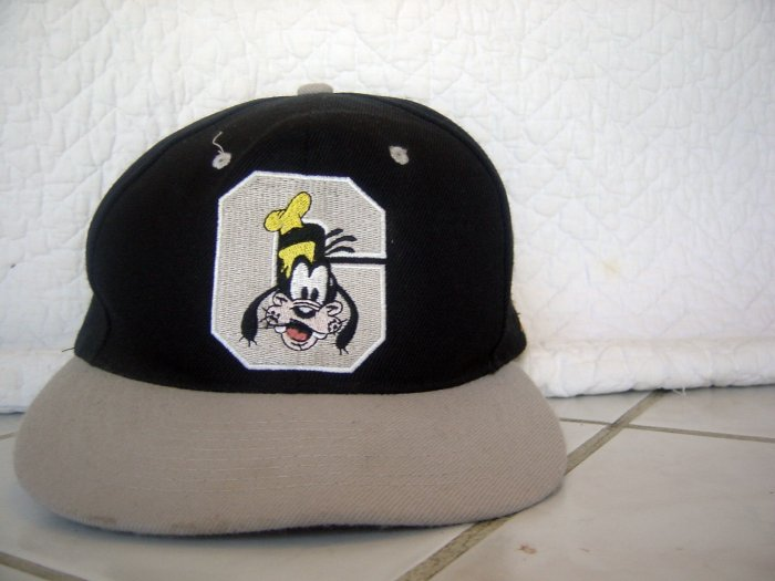 Disney Embroideried Goofy Hat - cap - REALLY NICE!!
