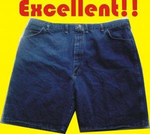 Wrangler Rugged Wear Men's Jeans Shorts 48W - Very NICE Shape!