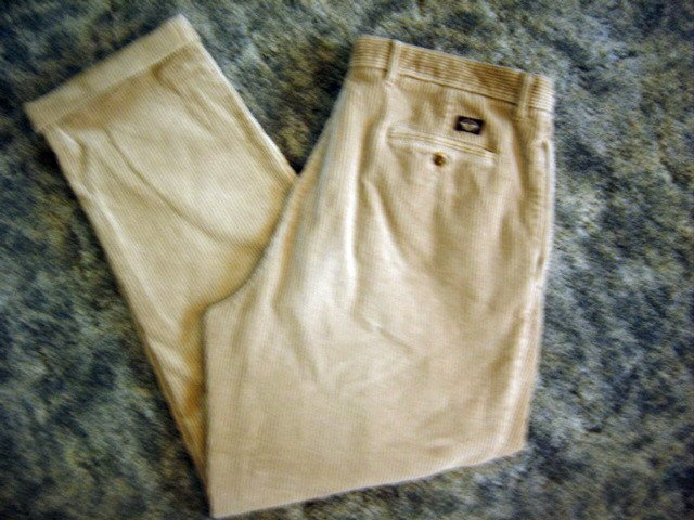 Dockers Khakis Mens Pleated Loose Fit Corduroy 38x32