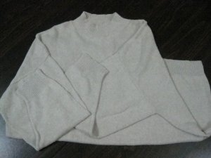 Women's Light Tan 3/4 Sleeve Sweater - Size 2X