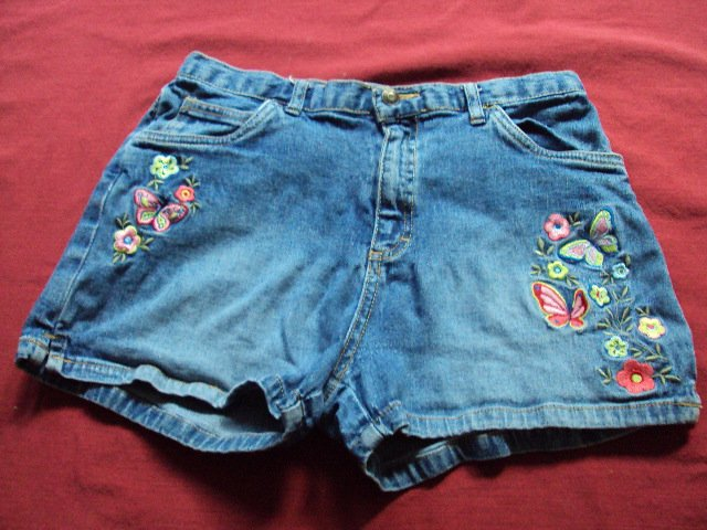 The Childrens Place Girls Butterfly Motif Shorts XL