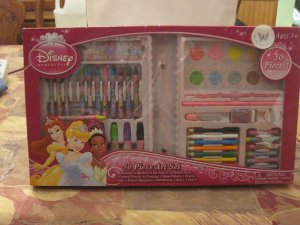 Disney Princess 50 PC Art Set