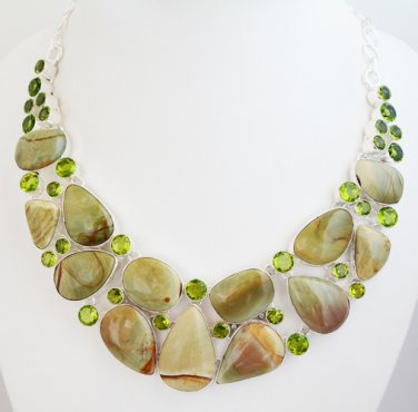 BNWOT ~ Gorgeous Genuine Jasper & Quartz Necklace