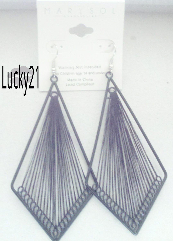 MarYsol Threaded Diamond Earrings (Black)