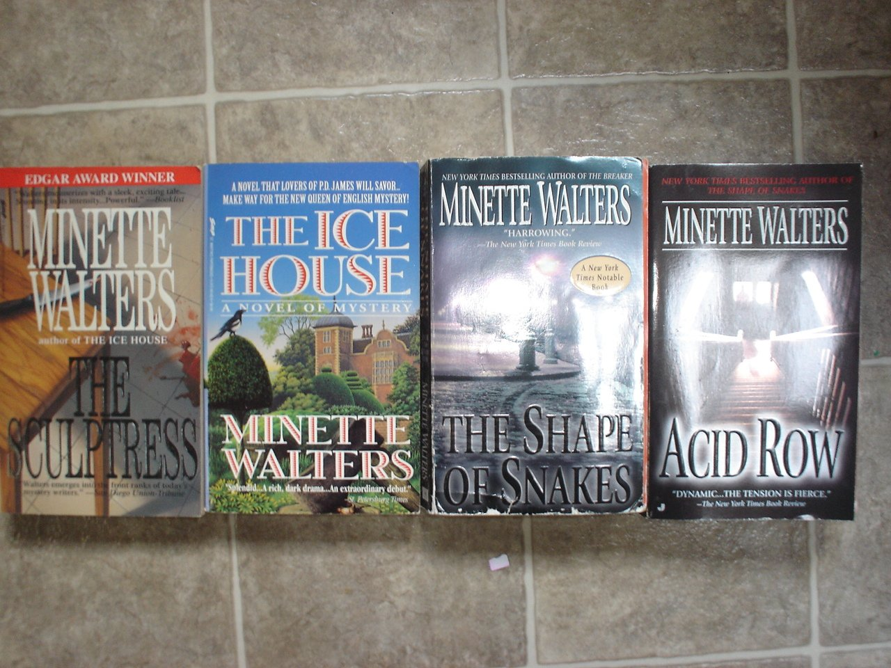 Minette Walters lot of 4 pb mystery novels British Edgar Winner