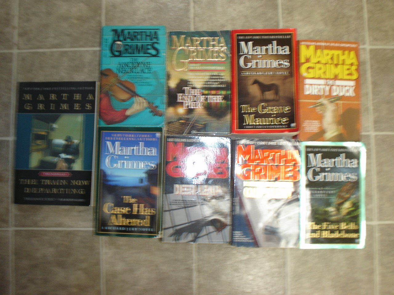 Martha Grimes lot of 9 pb mystery novels books Richard Jury Scotland Yard cozy