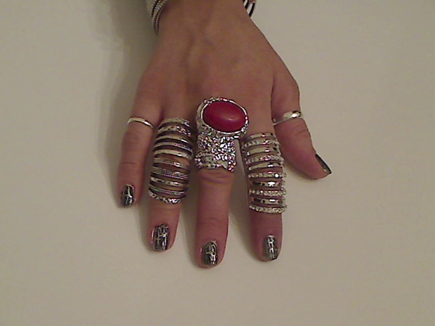 RED ARTY CHUNKY MOON KNUCKLE RING IN SILVER SIZES *6*7*8*9
