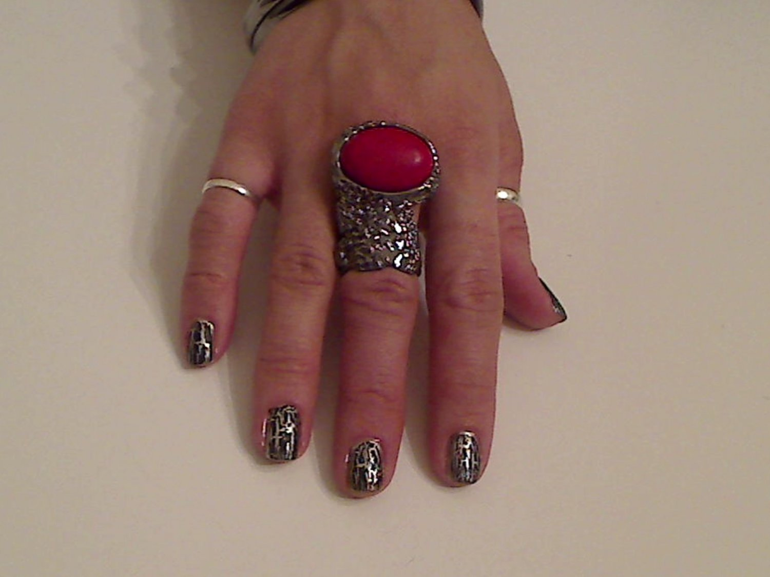 RED ARTY CHUNKY MOON KNUCKLE RING IN GUN METAL SIZES *6*7*8*9