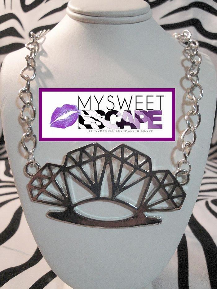 DIAMOND BRASS KNUCKLE NECKLACE