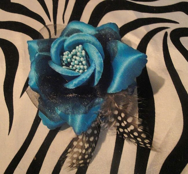 Blue Rose Hair Clip With Hair Tie