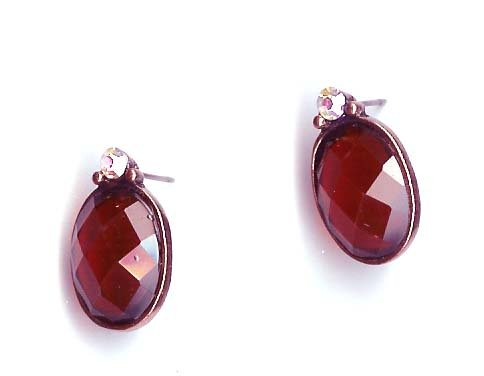 Fashion Jewelry - Firy red oval pierced earrings with crystal - NEW