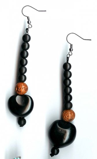 Fashion jewelry - kukui nuts and wood beads drop earrings - NEW - free sh/h