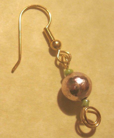 Wirework earrings by Lucine: Pink & green